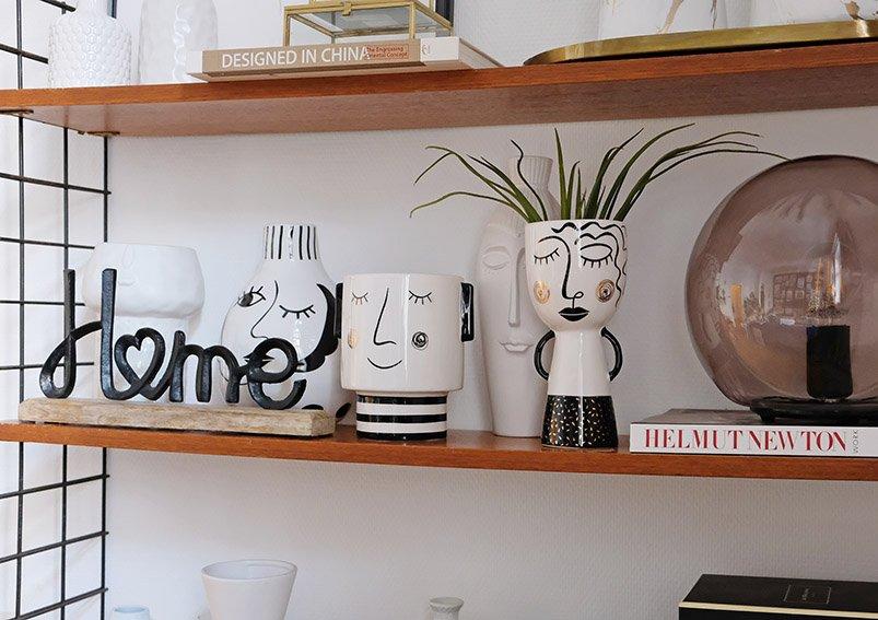 Vase woman ceramic white/black  9x20x9cm